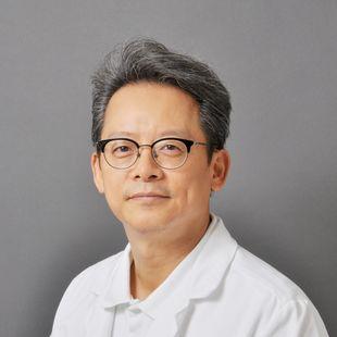 Dr. med. En-Chul Chang
