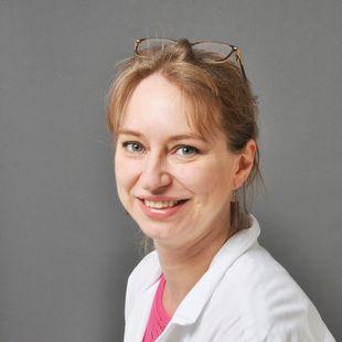 Dr. med. Nina Kloth