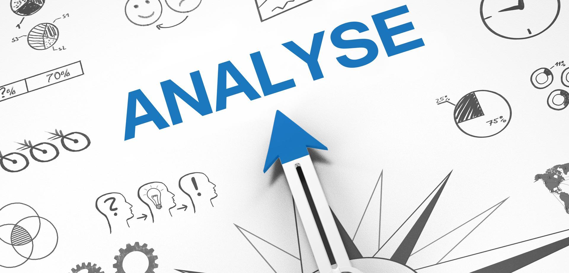 Kompass zeigt auf Analyse