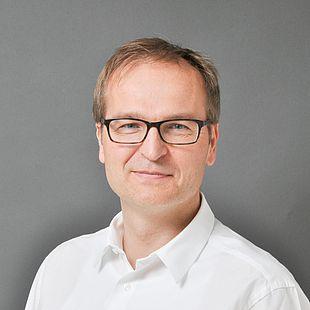Dr. med. Roman Blazek