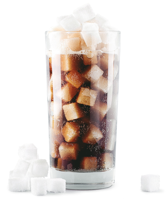 Ein Glas Cola mit Zuckerwürfel
