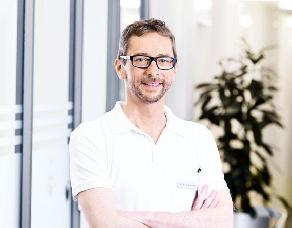 Dr. med. Samuel Leuenberger