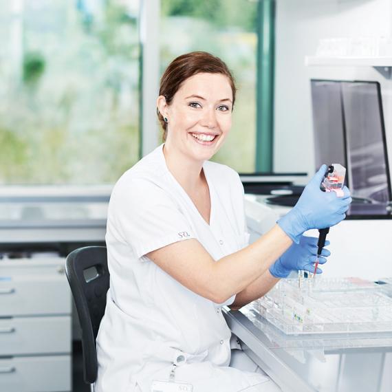 Anna Witschi, Biomedizinische Analytikerin HF